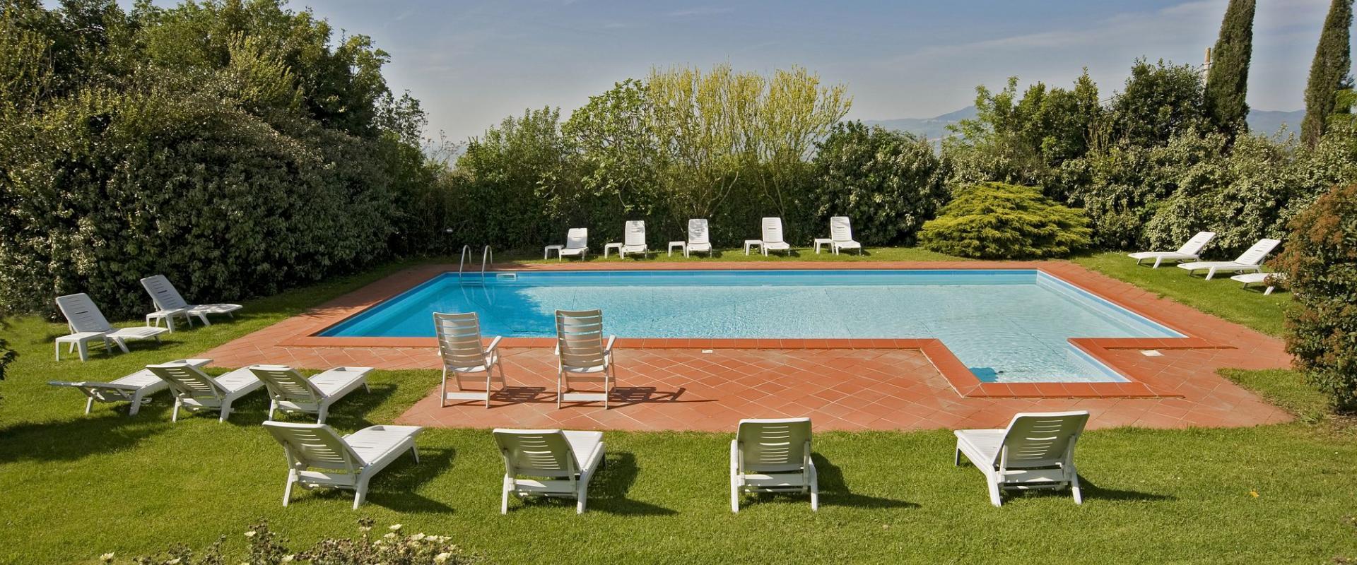 Piscina Agriturismo e Resort Il Poggio a Siena