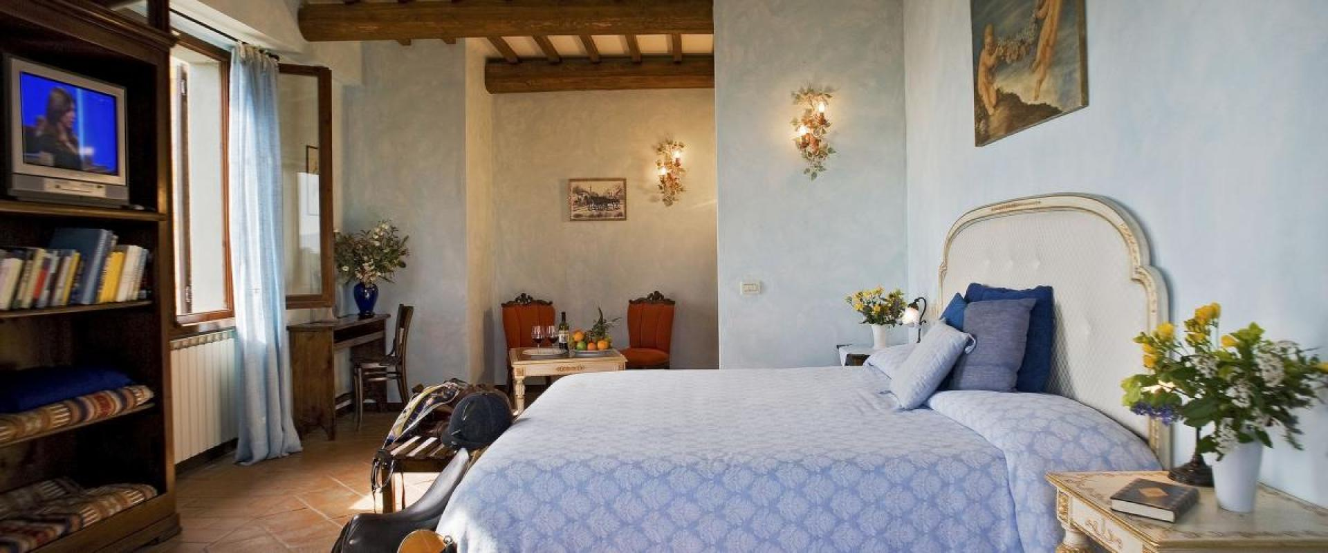 Double Room The Il Poggio Farmhouse and Resort in Siena